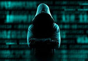 نوجوان انگلیسی موبایل رئیس سیا را هک کرد