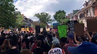 تظاهرات هزاران نفر در تورنتو
