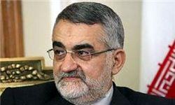 تقاضای همکاری آمریکا از ایران بازی سیاسی است