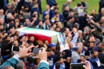 ازدحام جمعیت و حادثه تاسف بار در مراسم تشییع پور حیدری
