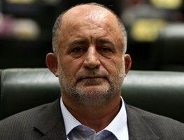 انتقاد نماینده جنجالی مجلس از مشاور روحانی