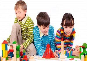 تنها بازی کردن کودکان چه مزایایی دارد؟