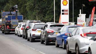 بحران سوخت و درماندگی میلیون ها انگلیسی درتهیه اقلام غذایی و دارویی
