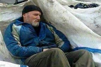 استاد دانشگاهی که در استانبول زباله جمع میکند!+تصاویر