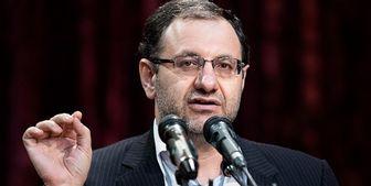برخی به غلط فکر میکنند حافظه تاریخی مردم ایران ضعیف است
