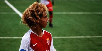 منچستر یونایتد پدیده 16 ساله موناکو را جذب کرد+عکس