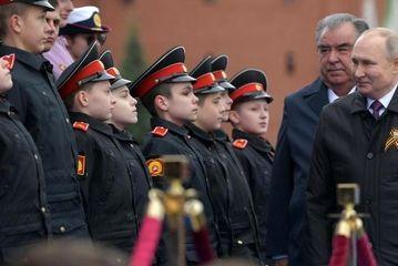 پوتین در رژه نظامی روز پیروزی