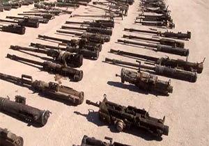 دستگیری اعضای باند فروش سلاح های جنگی