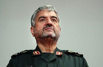 فرمانده کل سپاه درگذشت پدر سردار حاجی زاده را تسلیت گفت
