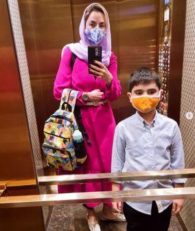 سپیده خداوردی و پسرش در راه مدرسه /عکس