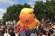 انگلیسیها با بالون «بچه ترامپ» به استقبال رئیسجمهور آمریکا میروند