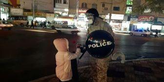 مردم شهر قدس با تقدیم گل از حافظان امنیت تقدیر کردند+تصاویر