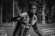 خودکشی بازیکن فوتبال به خاطر نژادپرستی+عکس