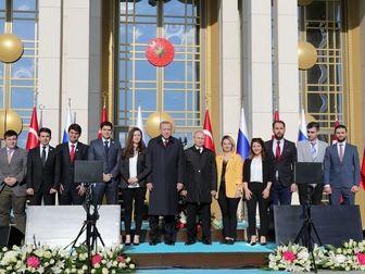 وقتی اردوغان دختران کنار پوتین را جابجا می کند