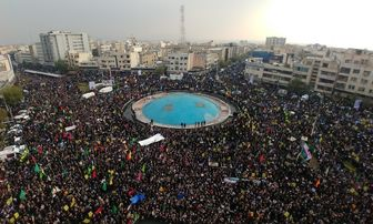 دولت و شورای عالی فضای مجازی اینترنت ملّی را راه اندازی کنند