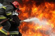 آتش سوزی گسترده انبار لباس در چهارراه استانبول