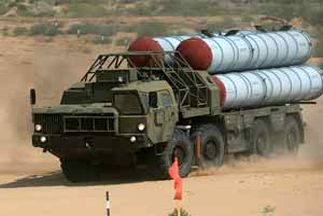 آغاز ارسال سامانه موشکی اس-۳۰۰ روسیه به سوریه