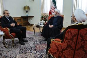 روحانی: کنترل واردات بی رویه و مبارزه با قاچاق کالا به تولیدات داخلی کمک میکند