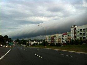 ابر حیرتانگیز بر فراز آسمان ویرجینیا