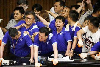 درگیری شدید در پارلمان تایوان