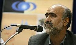 دوستی: جنبه سیاسی به شورا ندهیم