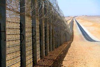 تخصیص ۸۰۰ میلیون دلار را به پروژه ساخت دیوار مرزی مکزیک