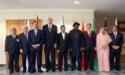 طراحی نظام اقتصادی با اتکا بر اندیشه الهی؛ پیشنهاد احمدینژاد به دی ۸