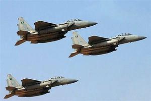 کشته و زخمی شدن ۱۰ نفر در بمباران شمال یمن