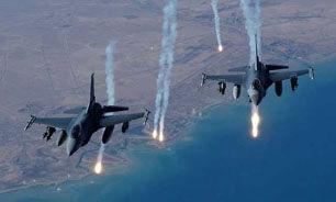 انبارهای سلاح داعش را هدف قرار دادیم