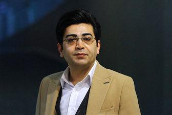 چهره غمگین «فرزاد حسنی» در مراسم ترحیم حسین آهی/ عکس