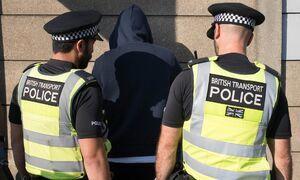 علت افزایش جرایم خشونت آمیز در انگلیس