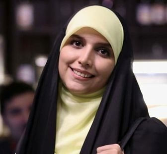 شب خاطره انگیز مجری خوش حجاب تلویزیون/ عکس