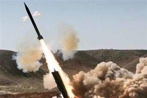 شلیک موشک زلزال ۲ از سوی یمنیها به مواضع سعودی