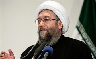 آیتالله آملی لاریجانی: غرامت را ایران باید بخواهد نه آمریکا