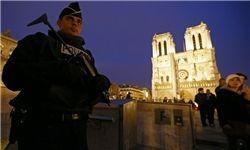 آماده باش نیروهای امنیتی در فرانسه/ عکس