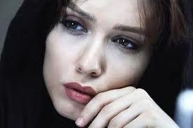 بازیگر زن جوان مجری تلویزیون شد