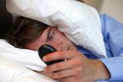 چرا استفاده از گوشی قبل از خواب مضر است؟