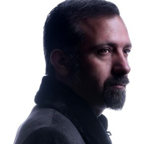 """""""دیر نشه"""" ؛ اثر متفاوت محسن حسینی در مقام خواننده/صوت"""