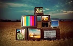 همراه با فیلم های سینمایی تلویزیون در روزهای پایانی تابستان