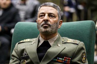 فرمانده ارتش: آمریکا دزد است