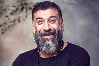 مادر علی انصاریان در روز اول عید بر سر مزار  پسر +عکس