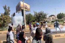 مقر فرماندهی کل ارتش سودان آتش گرفت