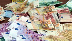 یورو «نیمایی» ۹۰۹۱ تومان شد