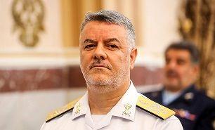 دریادار خانزادی: باید نیروی دریایی در شأن انقلاب اسلامی ساخته شود