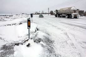 برف و کولاک در جاده های استان سمنان