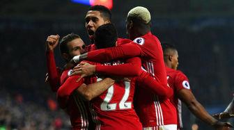 پیروزی شیاطین در بازی سنتی لیگ برتر فوتبال انگلیس