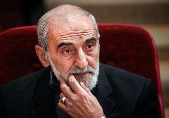 شریعتمداری: دشمن دنبال ترساندن ایرانیان است