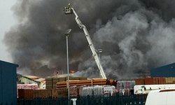 وقوع آتشسوزی و انفجار در انگلیس+تصاویر