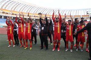 پیروزی هفت بر صفر فولادیها در جام حذفی