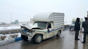 تصادف زنجیره ای ۱۴ دستگاه خودرو سواری در قوچان + تصاویر